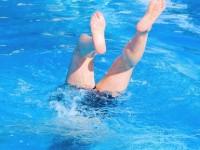 Mujo i kupanje na bazenu